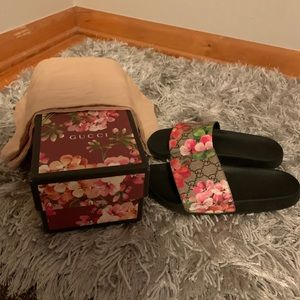 Gucci slides with box and (2) bags